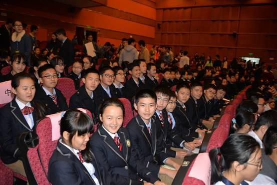航天梦·中国梦 ——我校学生参加航空航天讲座及互动活动