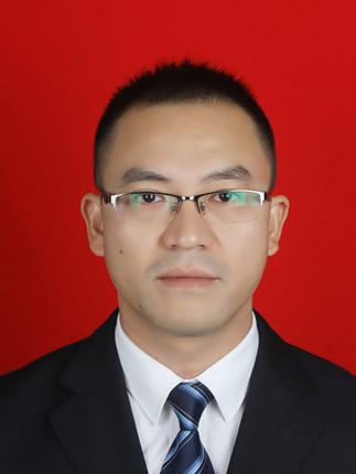 陈勇:教务处副主任