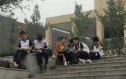 """丹青溢彩,诗意校园——2018年""""实外印象""""校园写生"""